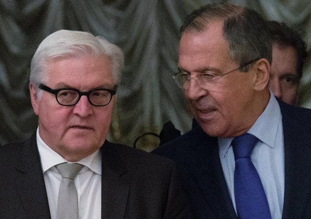 俄罗斯外长谢尔盖·拉夫罗夫在伏尔加格勒与德国外长弗兰克-瓦尔特-施泰因迈尔会谈