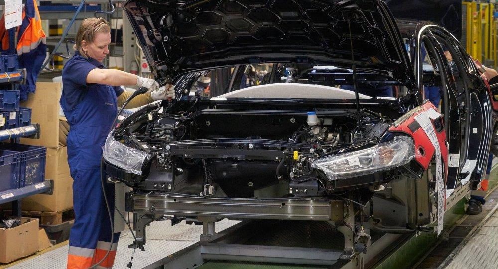 俄阿维托托尔正与中国一汽商讨在加里宁格勒生产商用车问题