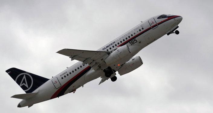 俄中就對華及東南亞推廣近100架SSJ-100客機達成協議