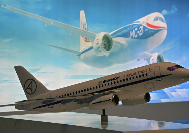 苏霍伊超级喷气机-100