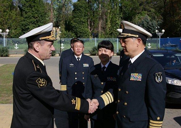 """俄中""""海上联合-2015""""军演在新罗西斯克启动"""