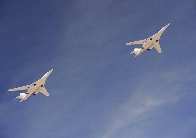改进型远程战略轰炸机图-160M
