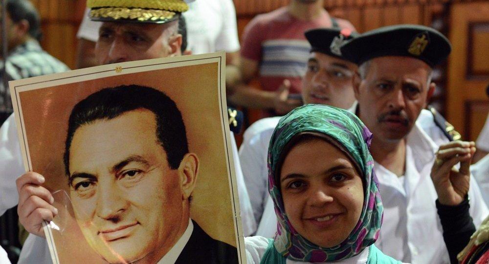 开罗法院以贪腐罪名判处埃及前总统穆巴拉克三年监禁