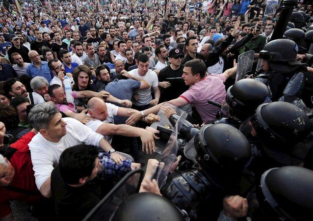 俄外交部:外部势力企图在马其顿引发颜色革命