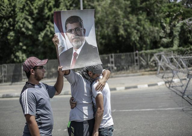 被推翻的埃及总统的支持者/资料图片/