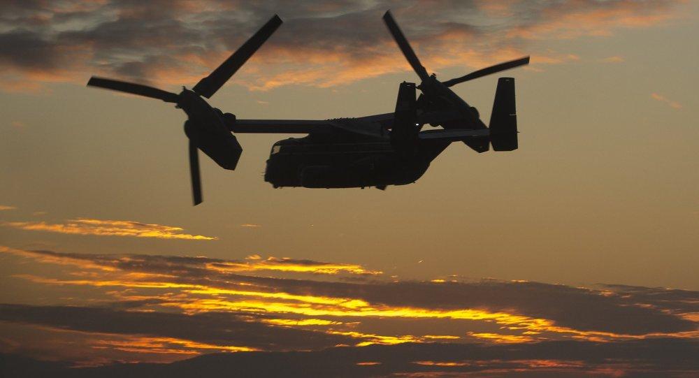 """一架美国""""mv-22鱼鹰""""倾旋翼直升飞机"""