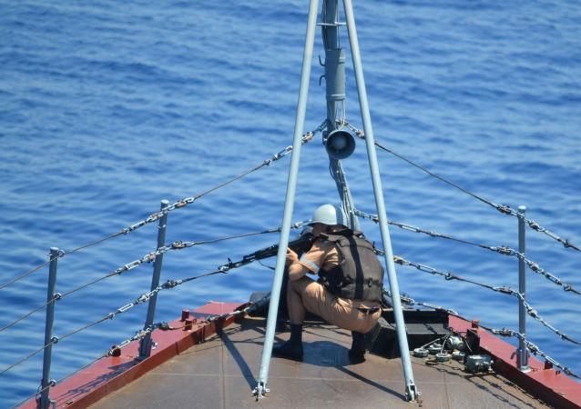 俄中在地中海举行联合军演