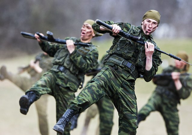 俄罗斯军人的示范表演/资料图片/
