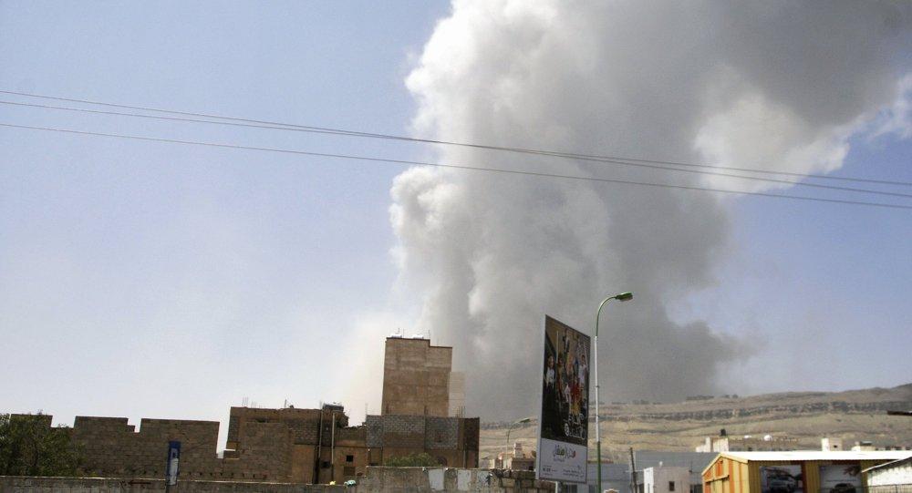 消息人士:阿拉伯联军空袭也门首都机场附近的胡塞武装基地