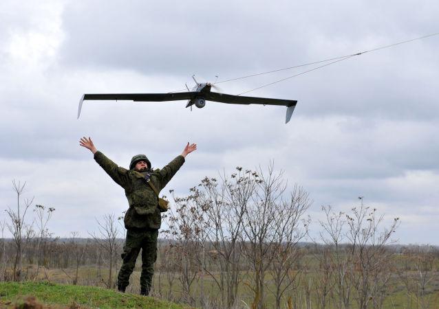 """俄国防部:在""""军队-2016""""论坛框架下将举办无人机锦标赛"""