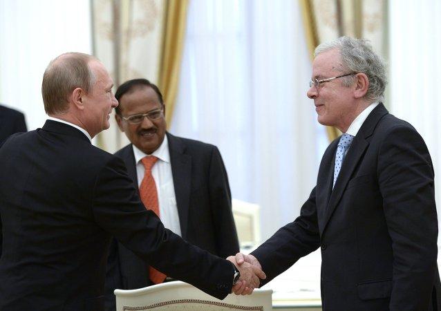 俄罗斯总统普京会见金砖国家安全会议秘书