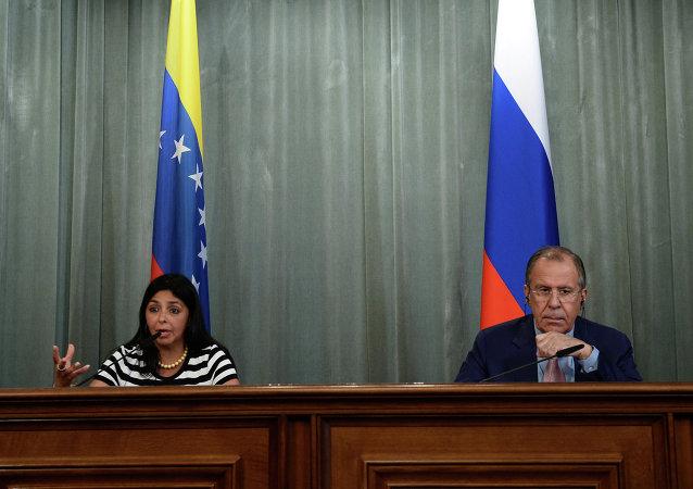 俄外长:俄罗斯与委内瑞拉反对任何外部干涉主权国家事务的行为