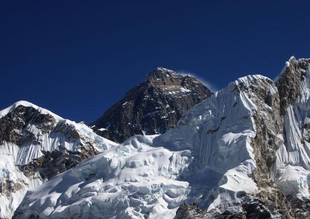 尼泊尔一载有21人小型飞机山区失踪 有一名中国公民