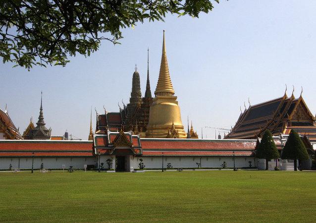 媒体:泰国情报部门怀疑美国支持大学生抗议