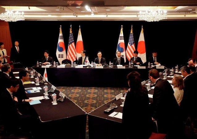 中国专家:脆弱的韩日关系无法支撑美日韩三角同盟