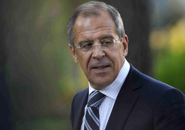 俄外长:伊核协议基于普京提出的阶段性和相互性原则