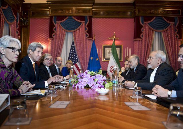 伊朗外长将在奥斯陆与克里商讨伊核协议实施问题