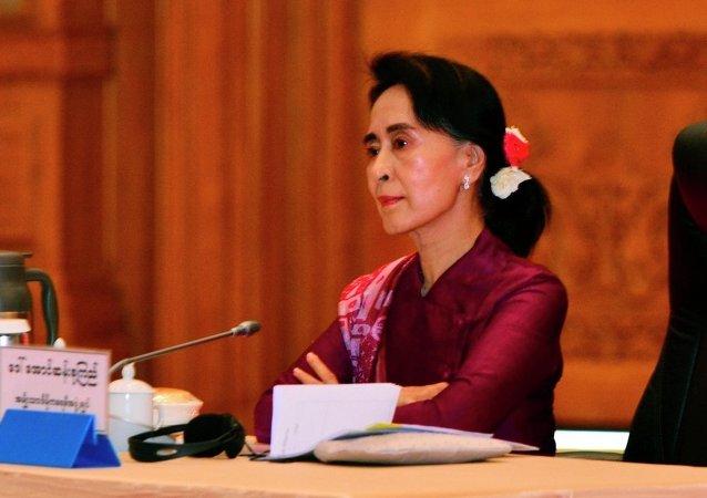 中国外交部:缅甸国务资政昂山素季将于8月中旬访华