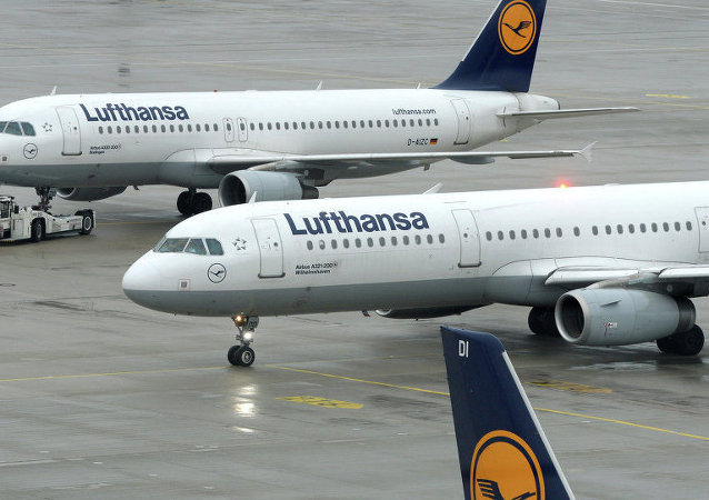 德国汉莎航空飞伊拉克客机因目的地气温过高改变航线