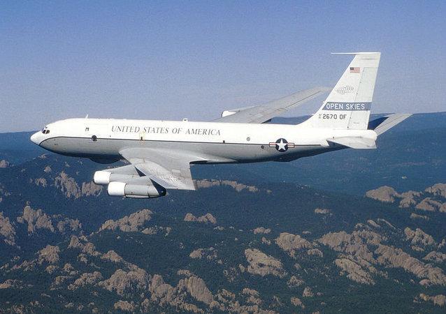 波音 OC-135B 开放天空条约