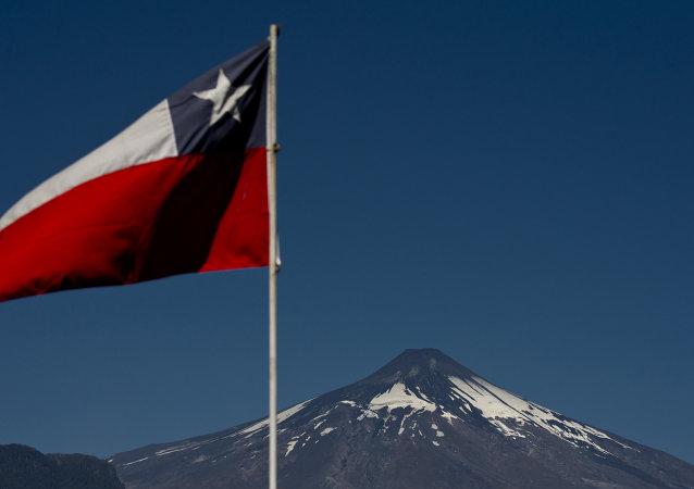 中国与智利建立全面战略伙伴关系