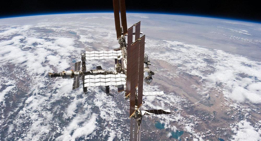 罗戈津称已责成俄航天集团研究金砖国家框架内运营国际空间站问题
