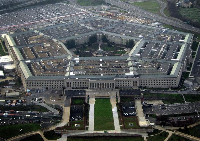 """五角大楼:美国空军在也门消灭13名""""基地""""组织武装分子"""