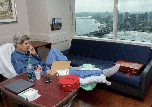 克里从股骨骨折后进行康复治疗的医院分享照片