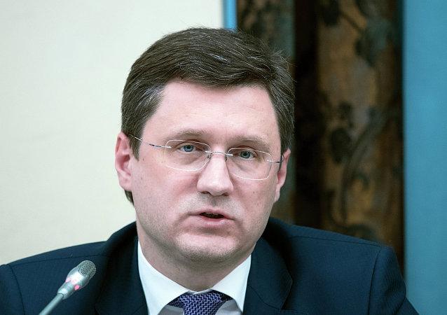 俄能源部长与欧佩克新秘书长将在首次会晤中讨论油价冻结问题