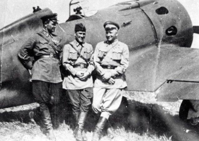 苏联志愿飞行员