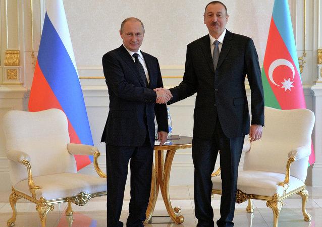 普京:俄罗斯希望与阿塞拜疆企业家扩大合作