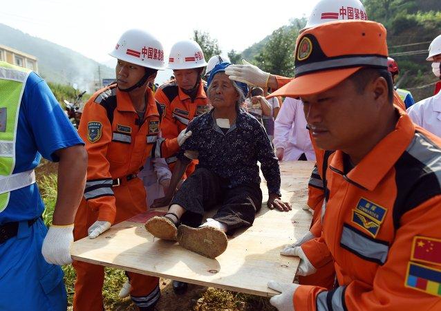 中国救援人员/资料图片/