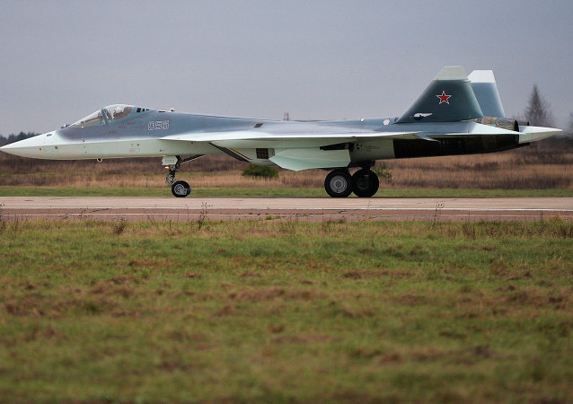 俄联合航空制造集团:采用标准发动机的第五代战机T-50测试将很快开始