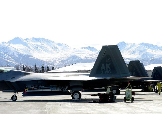 美国F-22战机