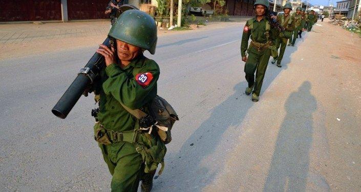 中国外交部:大约3000名缅甸民众因战乱进入中国境内