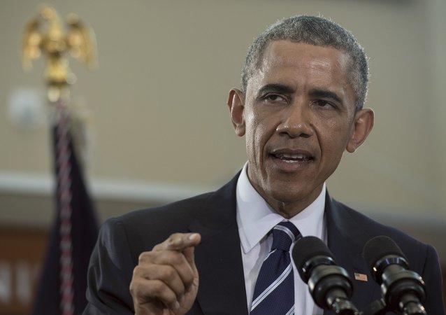 奥巴马呼吁美国人重新思考对携带武器的看法