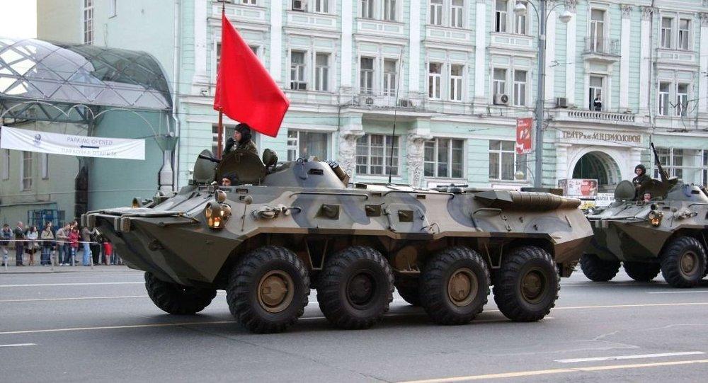 BTR-80装甲车
