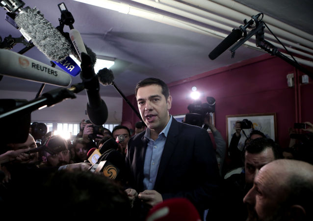 希腊总理再向债权人提出延长援助计划请求