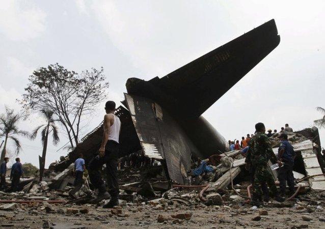 普京就飞机坠毁事件向印尼总统表示慰问
