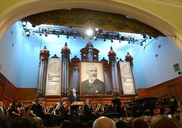 普京:柴可夫斯基国际音乐比赛一直都是俄罗斯的骄傲