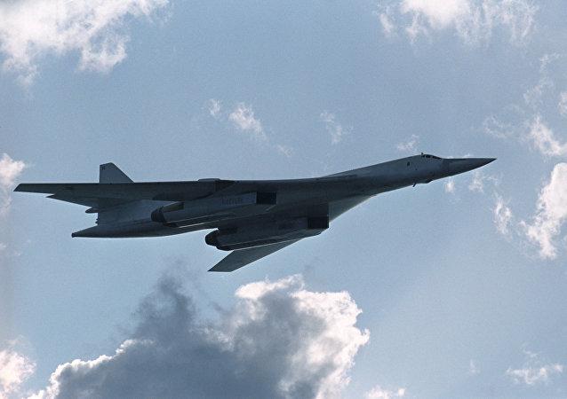 俄军总参谋长:俄战略核部队接装10架改造型战略轰炸机