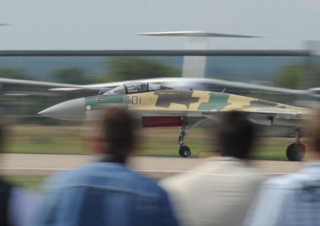 俄国防部公布购买苏-35战机所需费用