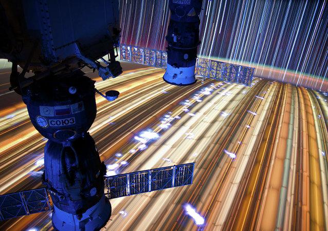 俄宇航员列昂诺夫建议延长国际空间站运行至2026年
