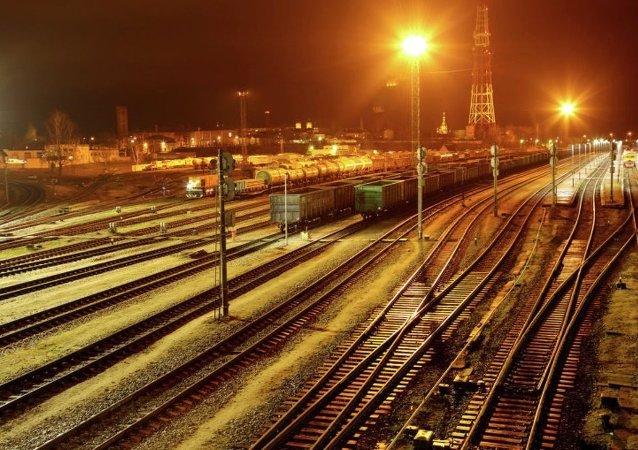 俄铁将对华运输氢氧化物的运价整个2018年降低13.5%