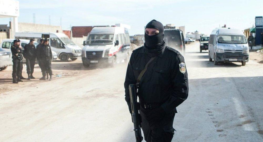 突尼斯动员预备役保卫与利比亚的边界