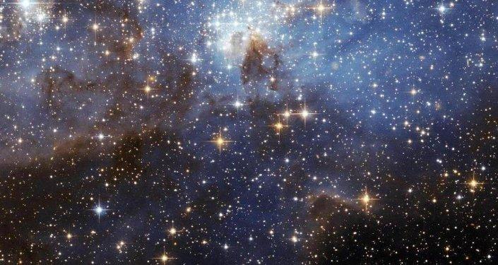 今明两大天文事件:流星雨和超级太阳
