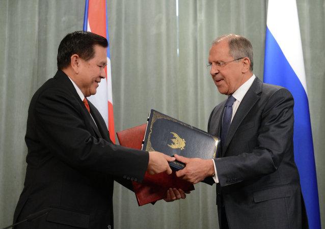泰国外长邀请拉夫罗夫对泰国进行访问