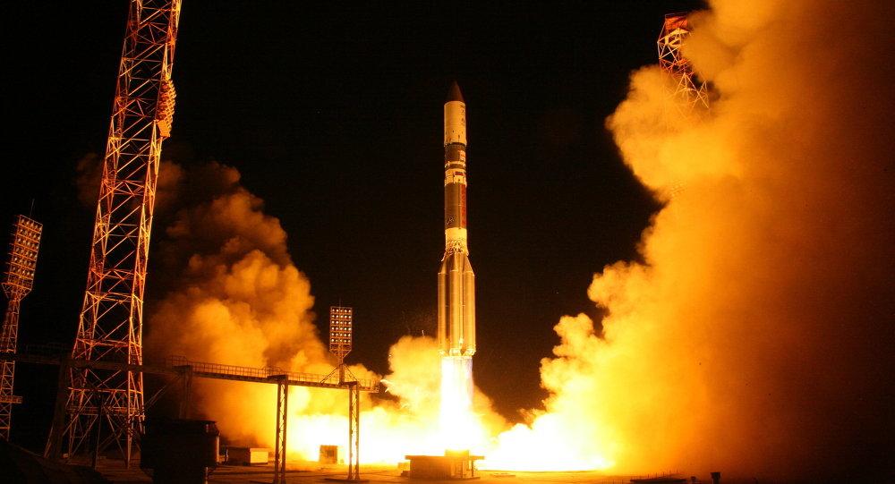 """""""质子-M""""运载火箭"""