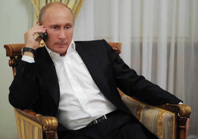 普京与伦齐均希望国际社会找到调解叙利亚和利比亚危机的解决办法