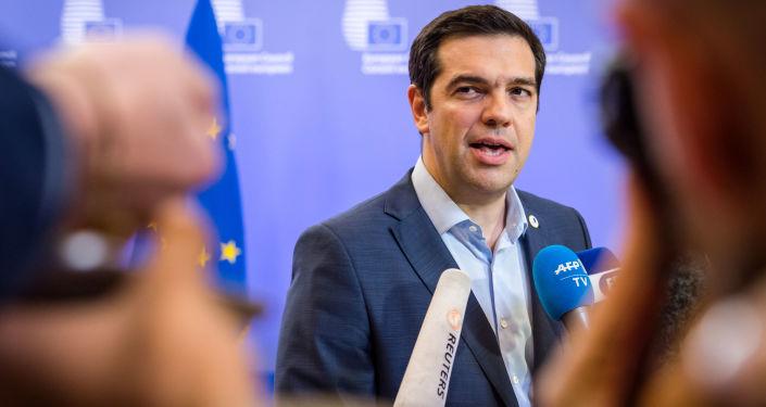 希腊总理称就马其顿国名问题达成的协议是历史性的